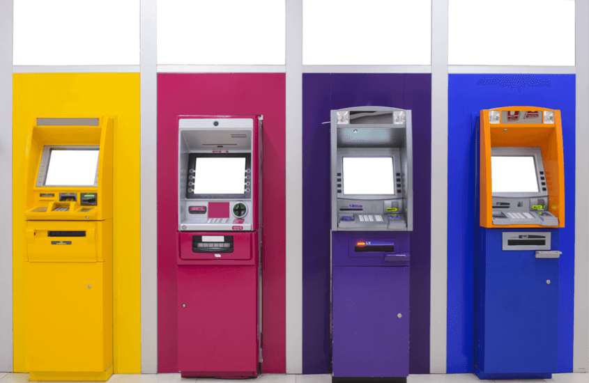 Outsourcing des Betriebs von Geldautomaten | outsourcing of ATM operations | PayTechLaw