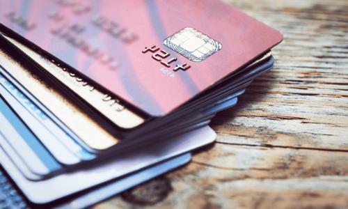 Starke Kundenauthentifizierung: BaFin ermöglicht Erleichterungen bei Kreditkartenzahlungen im Internet