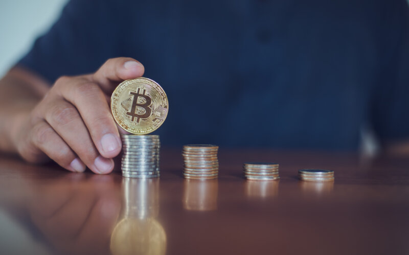Anfrage BMF-Schreiben Besteuerung von Kryptowährungen und Token | PayTechLaw | Adobe Stock/kitipol